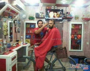 barber shop innovative ideas pakistan funny picture and this barber ...