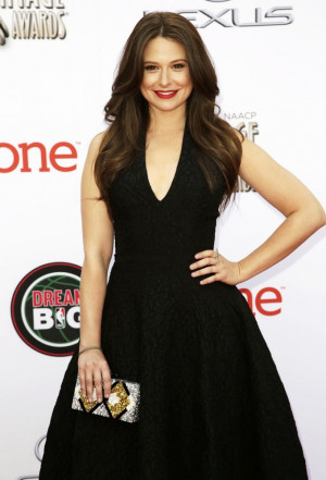 Katie Lowes Picture 14