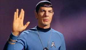 "estadunidense que interpretó al famoso personaje de ""Mr. Spock ..."
