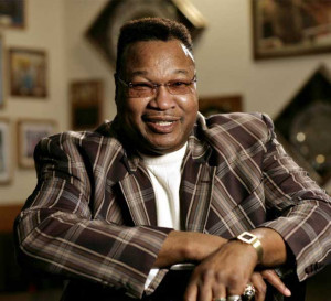 Larry Holmes in NYC At quot Shadow Box quot Holmes Doc Screens TONIGHT