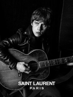 Jake Bugg voor Saint Laurent Music Project - foto: Hedi Slimane
