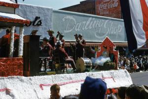 1954 National Peanut Festival Parade Fiddle String Band Drums float
