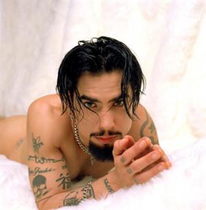 dave-navarro-tattoos-sexy