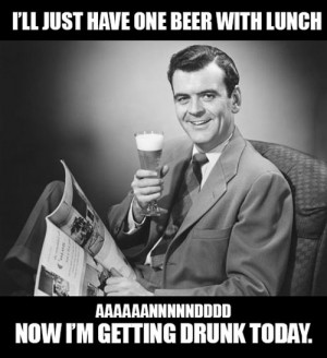 funny-pictures-beer-with-lunch-getting-drunk