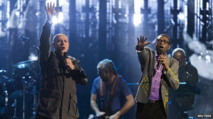 Peter Gabriel was joined onstage by Senegalese singer Youssou N'Dour