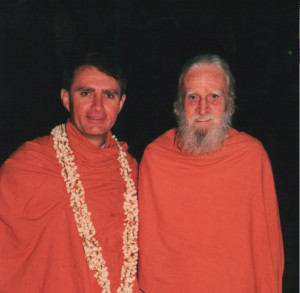 Bede Griffiths with Meath Conlan Shantivanam 1986
