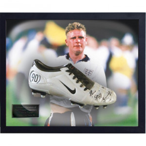 Paul Gascoigne Signed Football Boot 20 Discount Offer