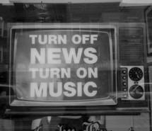 black-and-white-music-news-off-television-319771.jpg