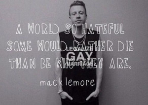 am insanely in love with this song. Same Love - Macklemore