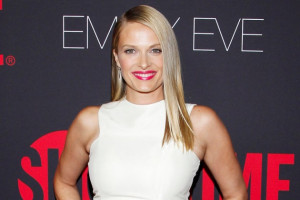 Vinessa Shaw of 'Hocus Pocus' and 'Ray Donovan' Fame Sued for ...