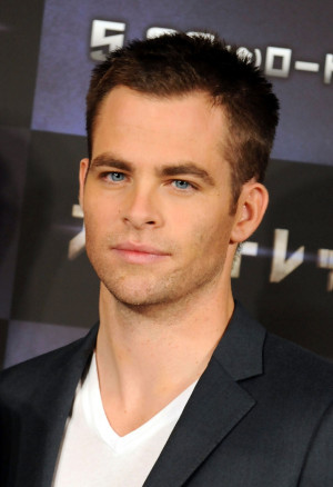 ... com/images/photos/6100000/Chris-Pine-chris-pine-6171992-1506-2200.jpg
