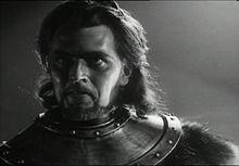 Dan O'Herlihy as Macduff in Orson Welles ' controversial film ...