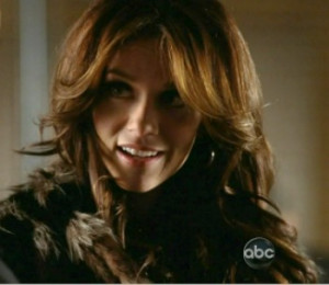 Hilarie/Castle Hilarie Burton Photo