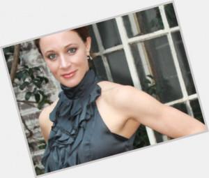 Paula Broadwell will celebrate her 43 yo birthday in 8 months and 5