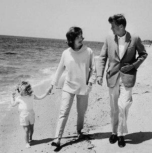 jackie-kennedy-onassis-quotes.jpg