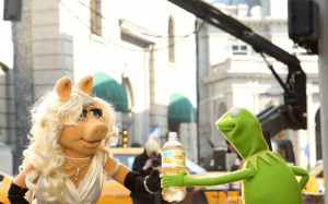 Displaying 18> Images For - Kermit The Frog Drinking Tea Memes...
