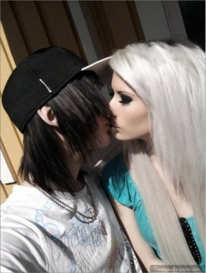 Kiss emo couple scene cute girl and boy cute