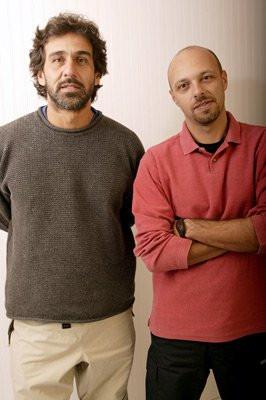 José Padilha and Marcos Prado at event of Ônibus 174 (2002)