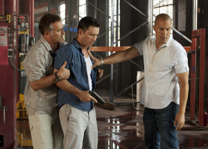 BURN NOTICE — Episode 611 — Pictured: (l-r) Brunce Campbell as Sam ...