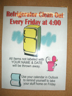 Clean Out Refrigerator Sign