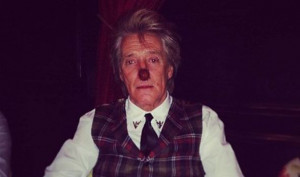 It's Rod Nose Day! Mr Stewart is game for a laugh on eve of his 69th ...