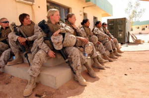 American Female Soldier – US Military
