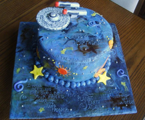 Notorious cupcakes! // EPIC star trek birthday cake