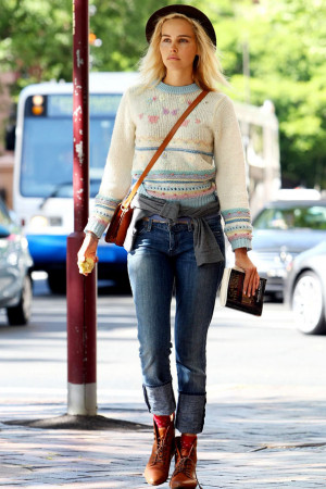 Hippie-bohemian style by Isabel Lucas!