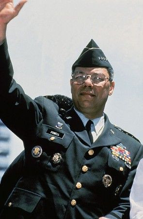 colin powell in uniform | colin powell bemedaled