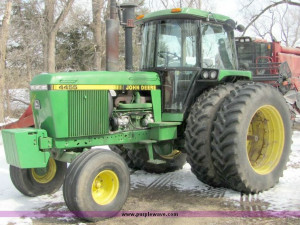 5069.JPG - 1990 John Deere 4455 tractor , 5212 hours on meter , John ...