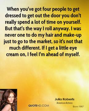 julia-roberts-julia-roberts-when-youve-got-four-people-to-get-dressed ...