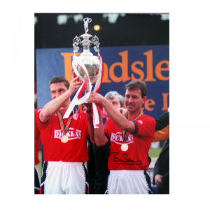 Bryan Robson Captain Marvel