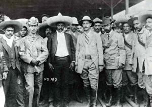 Asúnsolo entrega la ciudad de Cuernavaca al general Emiliano Zapata ...