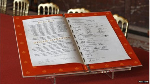 Queen Beatrix signed the deed of abdication at the Royal Palace in ...
