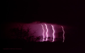 Re: Electrifying pictures of lightning and thunderstorms