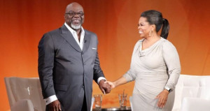 Oprah, T. D. Jakes MegaFest tickets sale begins with $267.10 price tag