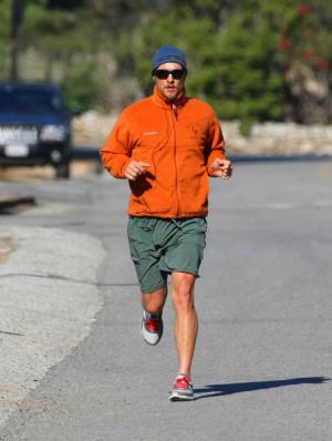 Matthew+McConaughey+Matthew+McConaughey+Jogging+ch0D5H64qg-l.jpg