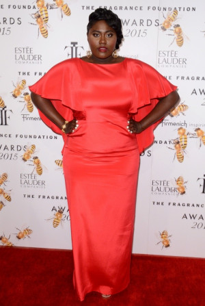 Danielle Brooks Picture 29 2015 Fragrance Foundation Awards Red
