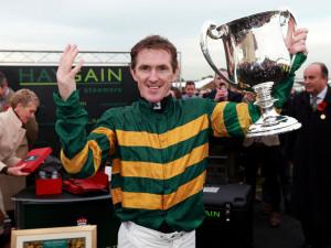 Tony McCoy: An 'amazing feeling' to ride 4,000 winners