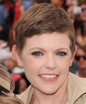 Natalie Maines Short Haircut