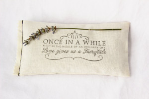 Lavender Sachet, Fairytale Wedding Favor, Cream Bridal Party Gift ...