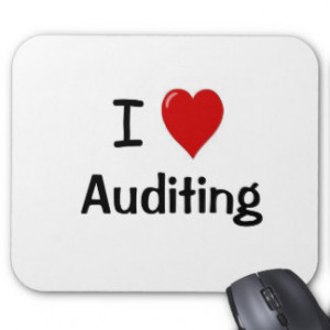 Love Auditing - I Heart Auditing Mouse Pad