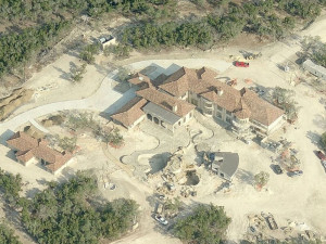 ... To Keep Eva Longoria And Tony Parker's Under-Construction Mansion