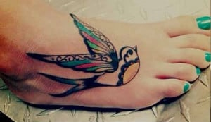 20 Stunningly Creative Sparrow Tattoo Designs, Meaning & Symbolism