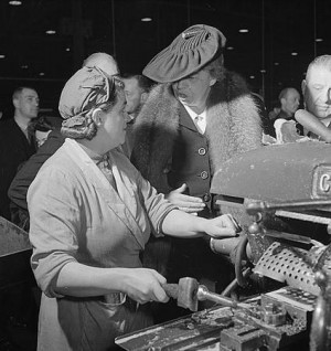 Eleanor Roosevelt talking with woman machinist during her goodwill ...