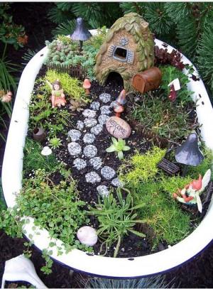 ... Gardens, Bathtubs, Fairies Gardens, Fairies House, Interiors Gardens