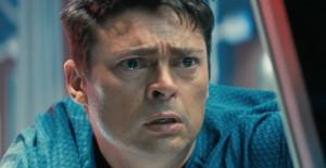 Karl Urban Leonard McCoy Bones in Star Trek Into Darkness Star Trek ...