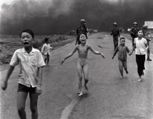 La petite fille brûlée au napalm - 1972 - Histoire des arts - 3e
