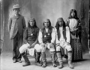 Apache woman - 1916