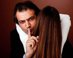 Cheating men have many ways of hiding their affairs. Part 1 of a 3 ...
